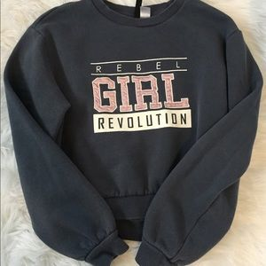 Fitted sweatshirt